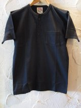 GLAD HAND(グラッドハンド)/STANDARD HENRY POCKET T-SHIRTS  BLACK
