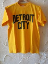 ☆SALE 50%OFF☆ AFI/DETROIT CITY PRINT T  GOLD