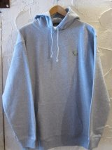 BELIVE/LEFT CHEST PATCH LIGHT HOODIE TYRAWNOSAURUS  GRAY